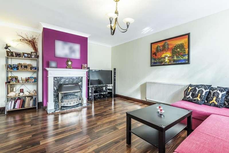3 Bedrooms Terraced House for sale in Lambscroft Avenue London SE9