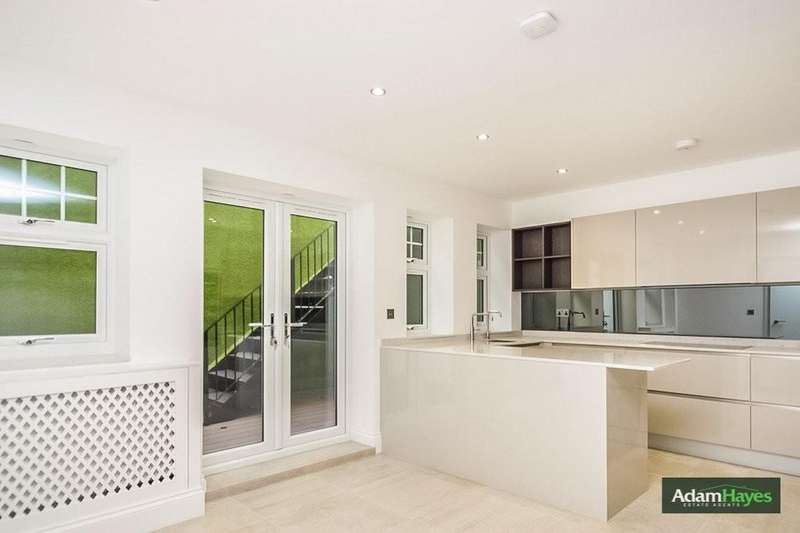 4 Bedrooms Ground Flat for sale in Colney Hatch Lane, Muswell Hill, N10
