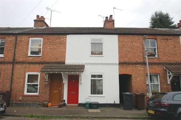 2 Bedrooms Terraced House for rent in Arthur Road, St Albans, Hertfordshire
