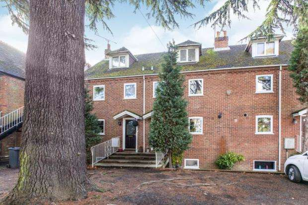 3 Bedrooms Terraced House for sale in Grenfell Road, Maidenhead, Berkshire