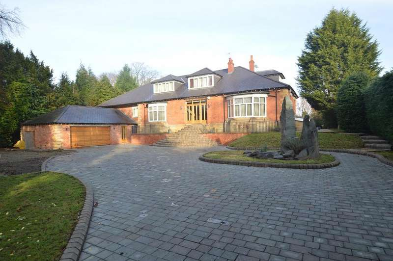 5 Bedrooms Detached House for sale in 'Ashleigh' The Avenue, Sale, M33