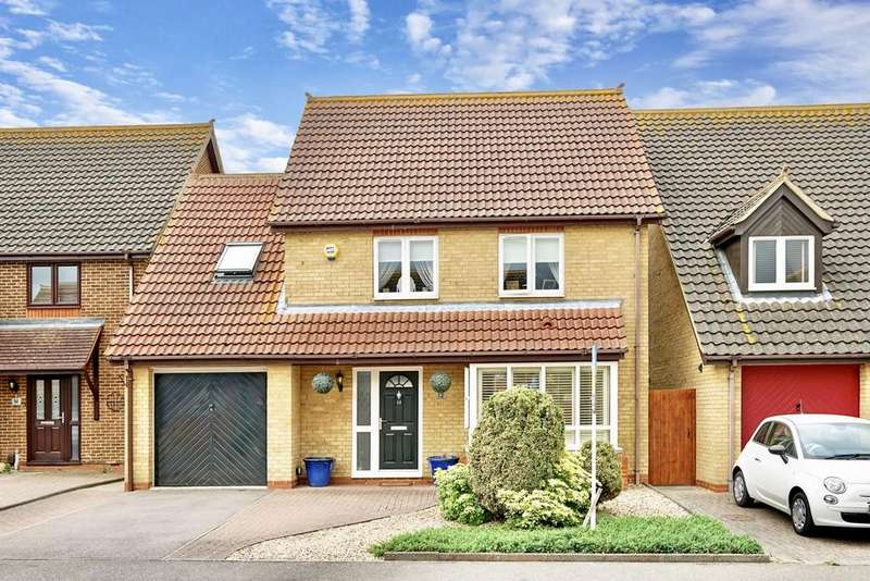 4 Bedrooms Detached House for sale in Merlin Drive, Sandy
