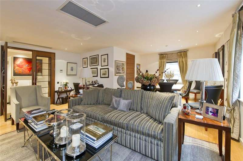 2 Bedrooms Flat for sale in Harrods Court, Brompton Place, London, SW3