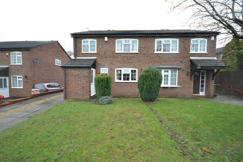 3 Bedrooms Semi Detached House for sale in Atherstone Close