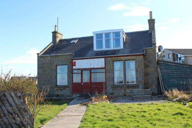 3 Bedrooms Detached House for sale in 11 Great Western Road, Buckie AB56 1XX