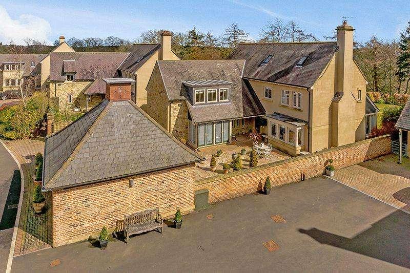 4 Bedrooms Detached House for sale in Penny Lane, Hartford Hall Estate, Bedlington