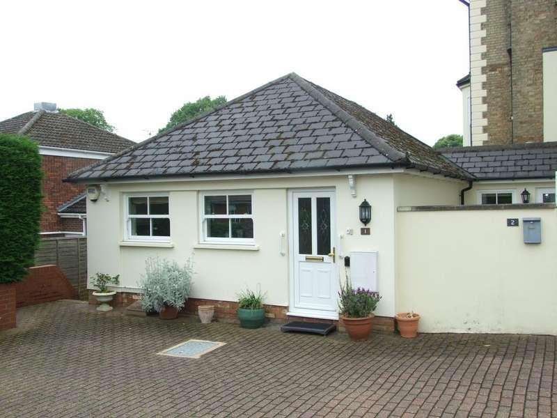2 Bedrooms Apartment Flat for sale in Woodlands, Aspley Hill, Woburn Sands, Milton Keynes MK17