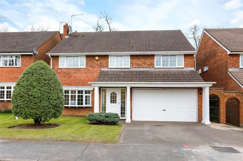 5 Bedrooms Detached House for sale in Baytree Walk, Watford, Hertfordshire, WD17