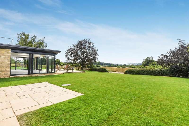 5 Bedrooms Detached House for sale in Green Lane, North Leigh
