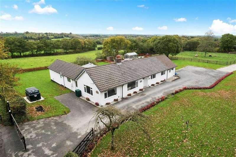 5 Bedrooms Bungalow for sale in Brandis Corner, Holsworthy, Devon, EX22