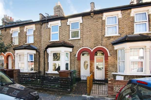 5 Bedrooms Terraced House for sale in Brookscroft Road, Walthamstow, London