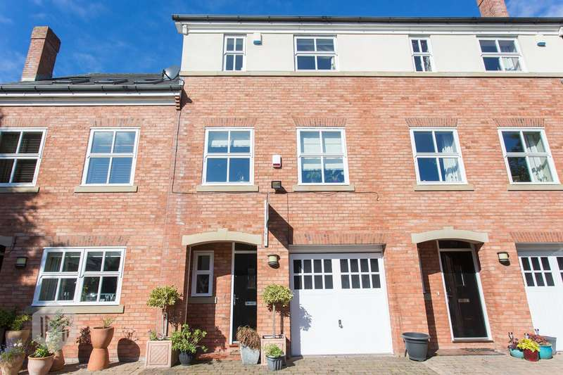 4 Bedrooms Town House for sale in Drywood Avenue, Worsley, Manchester, M28