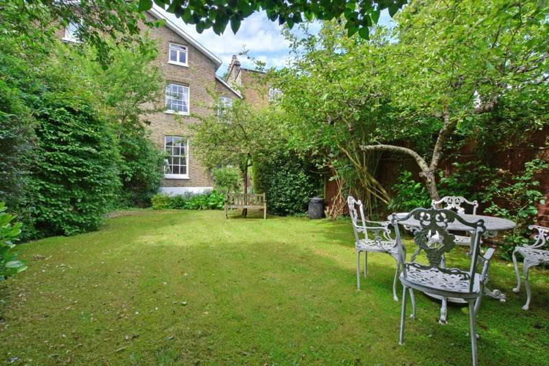 4 Bedrooms Semi Detached House for sale in Dacre Park, Blackheath, London, SE13