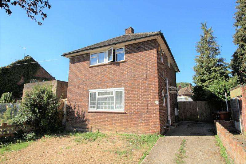 1 Bedroom Maisonette Flat for sale in Hawthorne Crescent, Slough