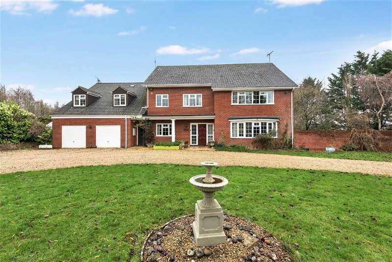 6 Bedrooms Detached House for sale in Marlborough Road, Royal Wootton Bassett, Wiltshire