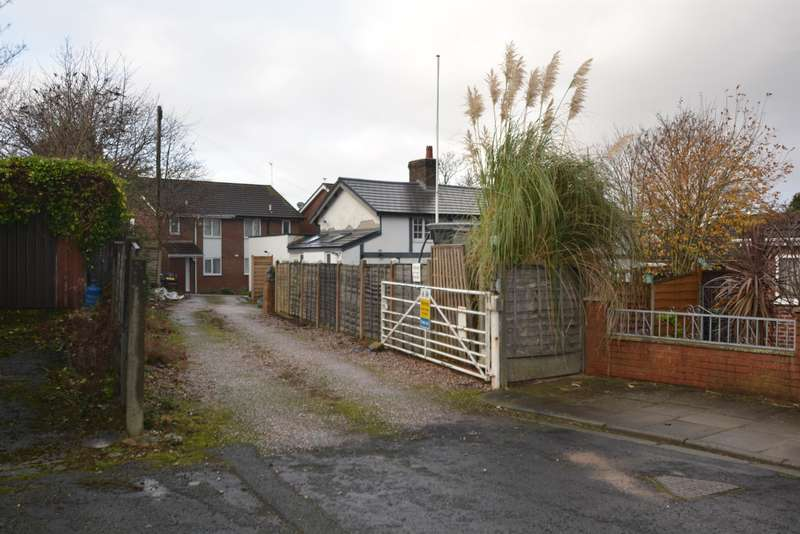 1 Bedroom Land Commercial for sale in Glenmore Avenue, Thornton Cleveleys, FY5 4NY
