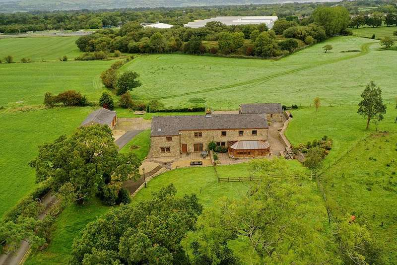 4 Bedrooms Barn Conversion Character Property for sale in Lower Intack Barn, Mellor Brook, Blackburn