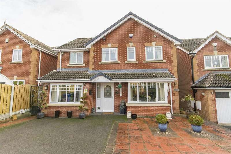 5 Bedrooms Detached House for sale in Parkside View, Upper Newbold, Chesterfield