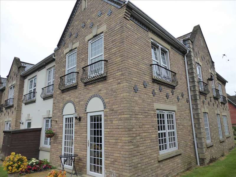 2 Bedrooms Retirement Property for sale in Arundel Lodge, Pegasus Court, Park Lane, Tilehurst, Reading