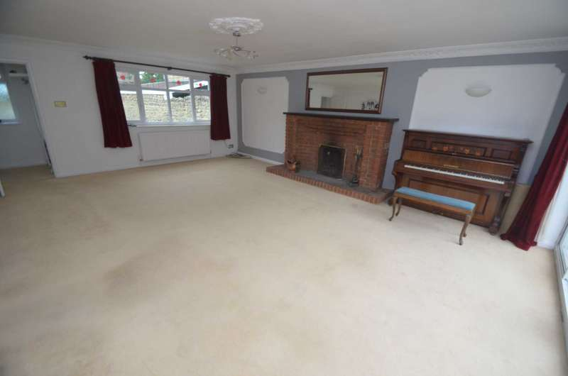 5 Bedrooms Semi Detached House for sale in Great Linford
