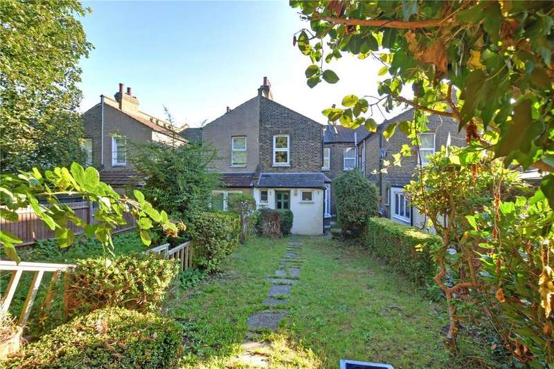 3 Bedrooms Terraced House for sale in Pascoe Road, Hither Green, London, SE13