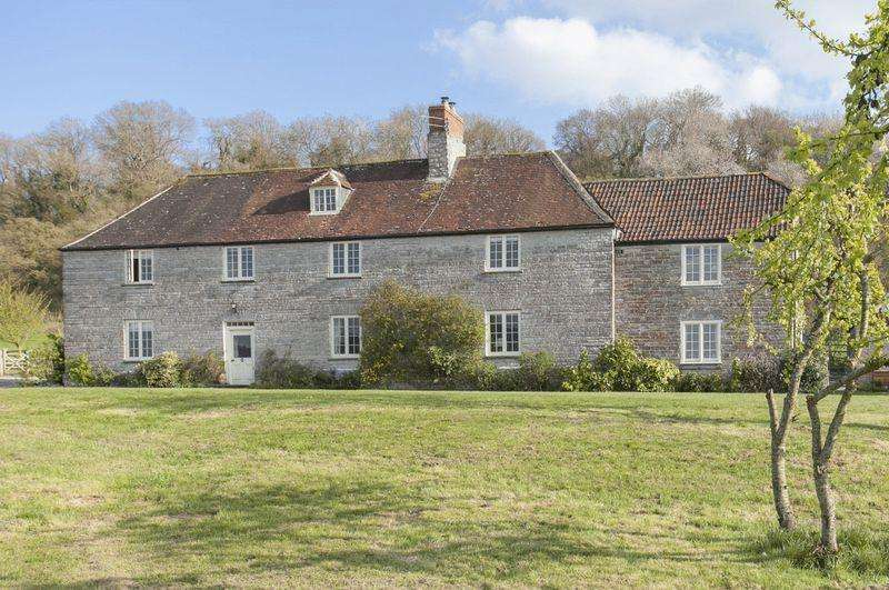 6 Bedrooms Detached House for sale in Nr. Pitney between Somerton Langport