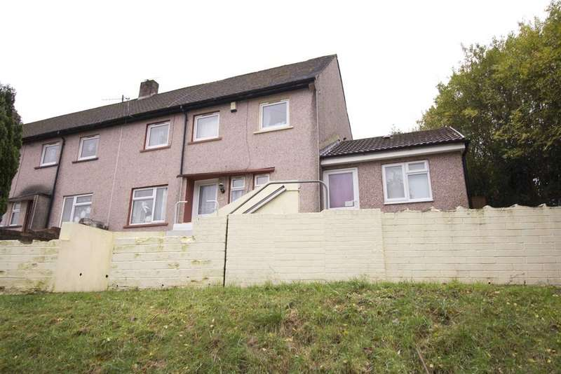5 Bedrooms Semi Detached House for sale in Vicarage Road, Penygraig, CF40 1HR