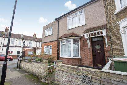 3 Bedrooms End Of Terrace House for sale in Manor Park, London