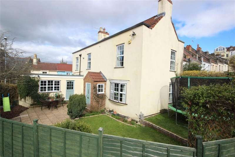 3 Bedrooms Link Detached House for sale in Westbury Hill, Westbury-On-Trym, Bristol, BS9