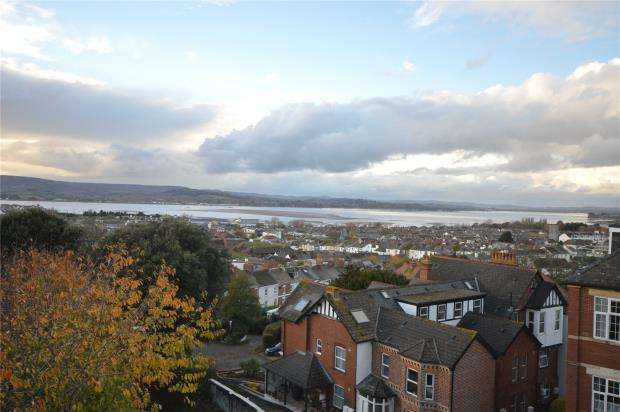 3 Bedrooms Maisonette Flat for sale in Castle Park, 4 Raddenstile Lane, Exmouth, Devon