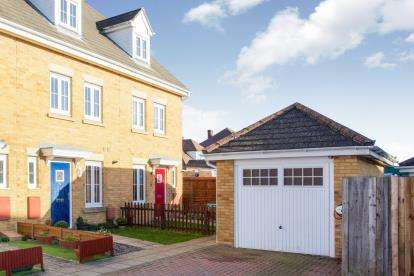 3 Bedrooms End Of Terrace House for sale in Warsash, Southampton, Hampshire