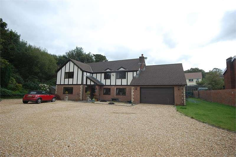 6 Bedrooms Property for sale in 70 Neath Road, Tonna, Neath