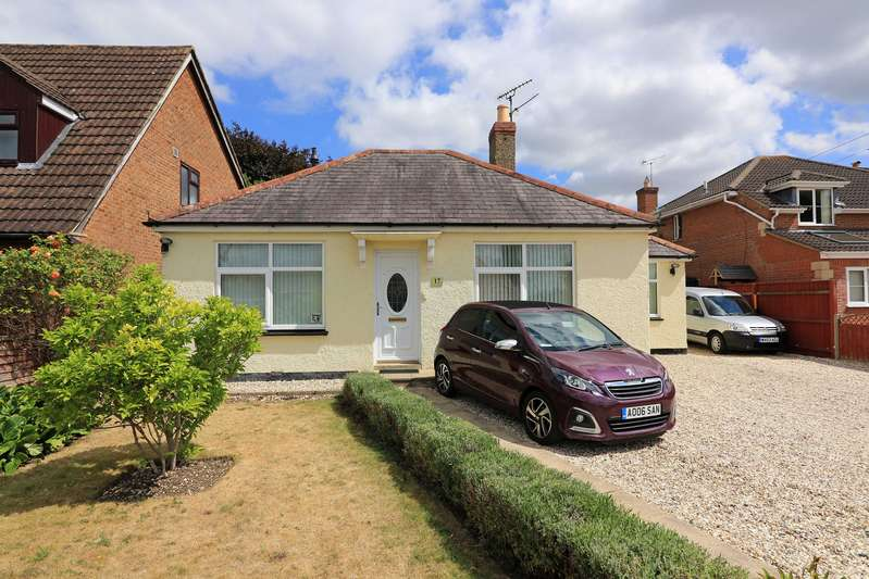 3 Bedrooms Property for sale in Church Walk South, Rodbourne Cheney