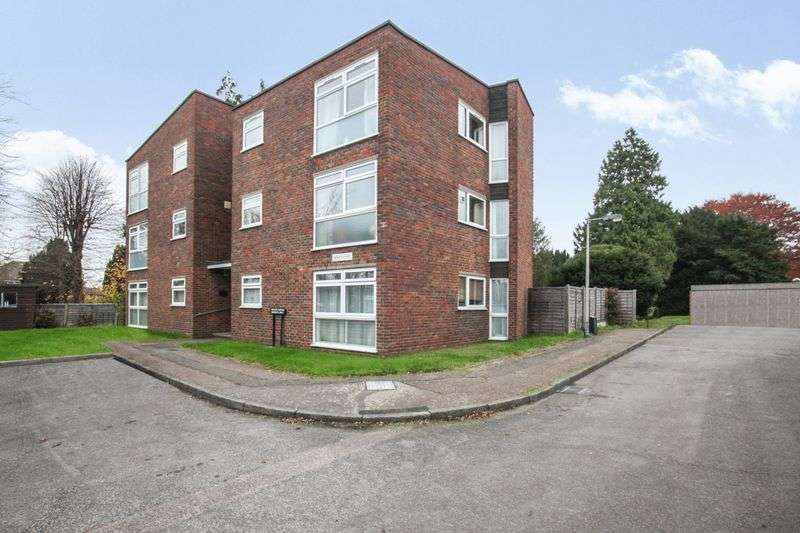 2 Bedrooms Property for sale in Mansfield Gardens, Bengeo, Hertford