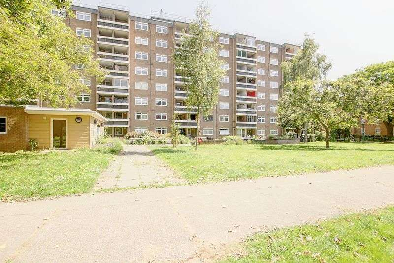 1 Bedroom Property for sale in Princess Court, Cambridge