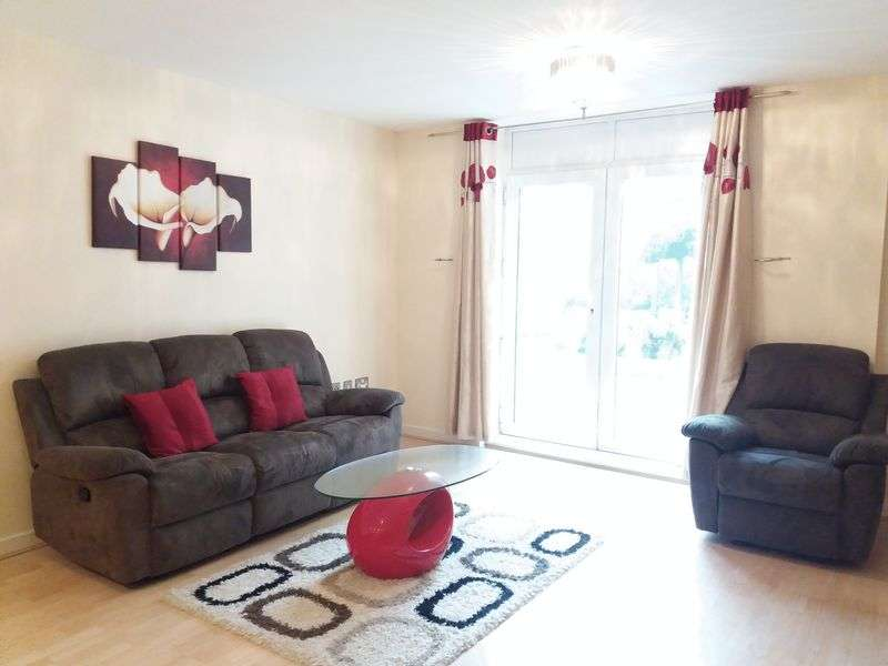 2 Bedrooms Property for sale in Kenavon Drive, Reading