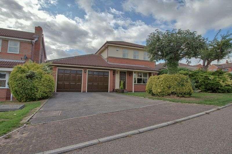 3 Bedrooms Property for sale in Kings Croft, Ossett