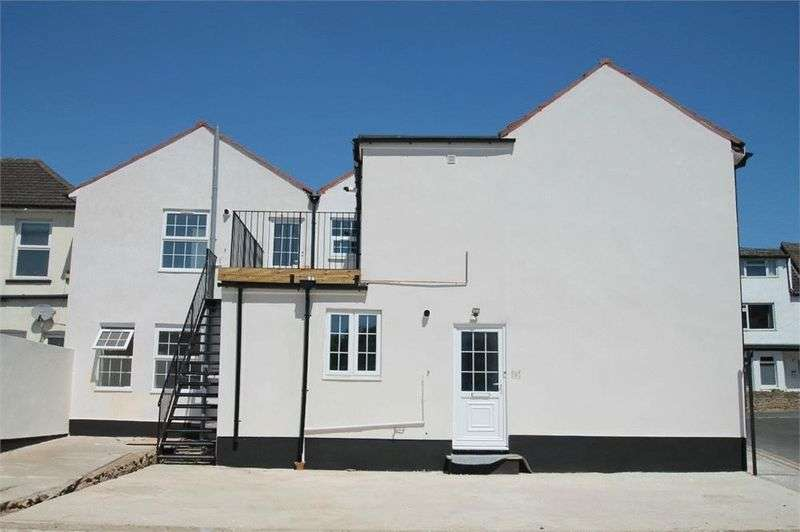 Property for sale in Queens Road, Aldershot