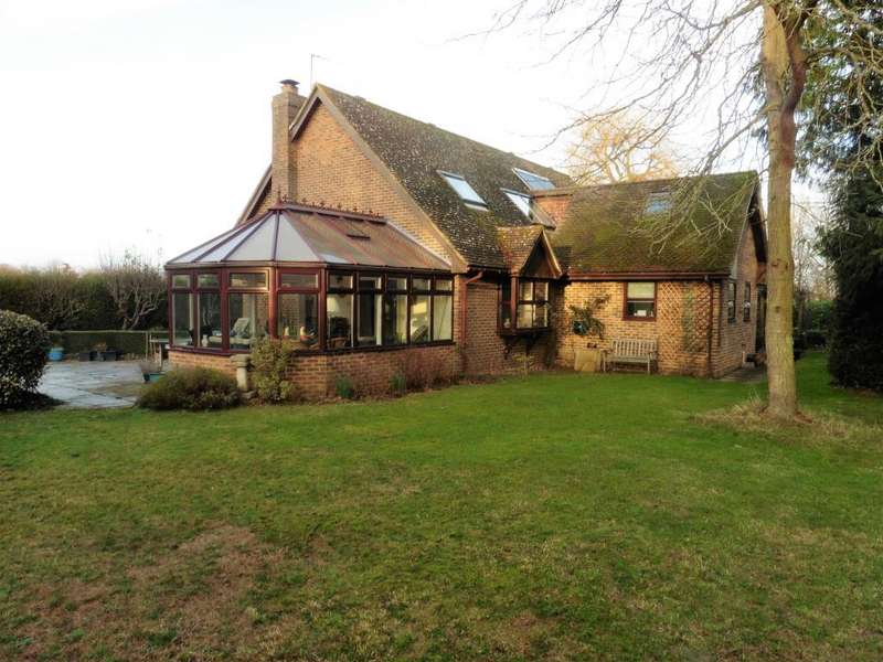 5 Bedrooms Detached Bungalow for sale in Tannery Lane, Woking, GU23