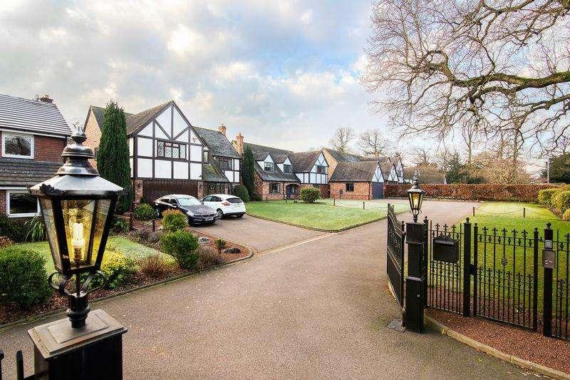 4 Bedrooms House for sale in Aldridge Road, Little Aston