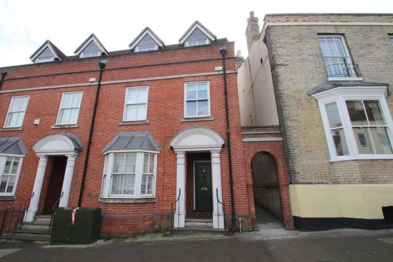 4 Bedrooms Semi Detached House for sale in East Hill, Central Colchester