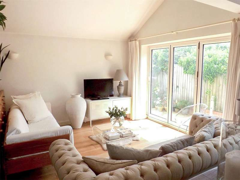 1 Bedroom Bungalow for sale in The Drive, Henleaze, Bristol, BS9