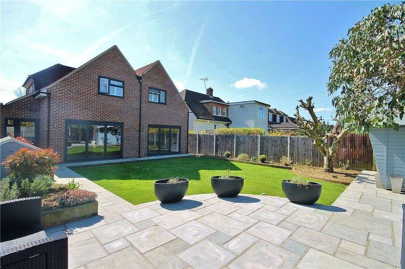 4 Bedrooms Detached House for sale in Maryland Way, Sunbury-on-Thames, Surrey, TW16