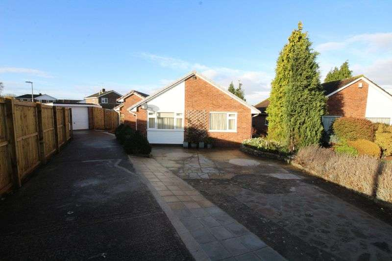 3 Bedrooms Property for sale in The Chimes, Nailsea