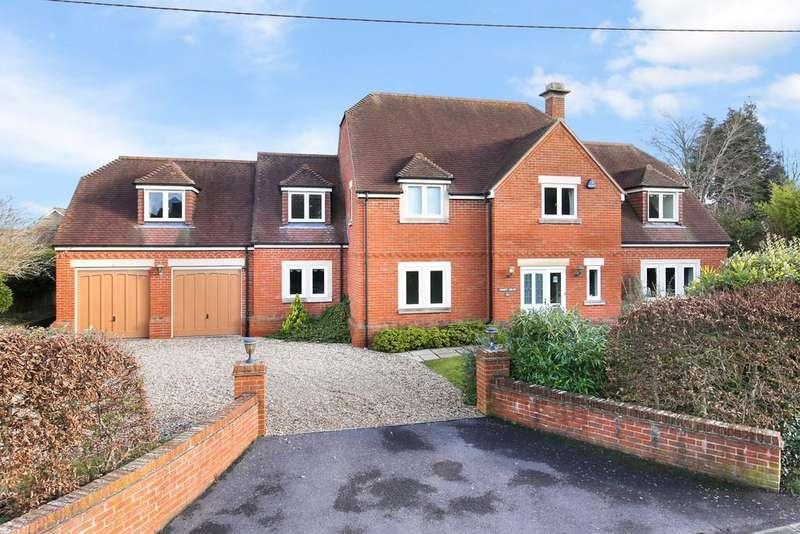4 Bedrooms Detached House for sale in Tinhead Road, Edington, Westbury