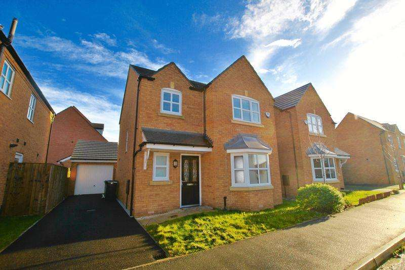 3 Bedrooms Detached House for sale in Edgewater Place, Latchford, WA4 1GD
