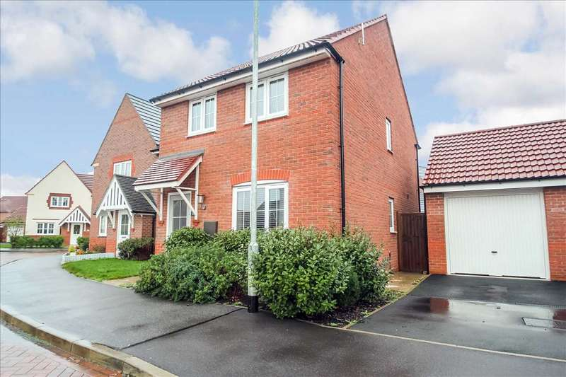3 Bedrooms Detached House for sale in Otho Way, North Hykeham, Lincoln