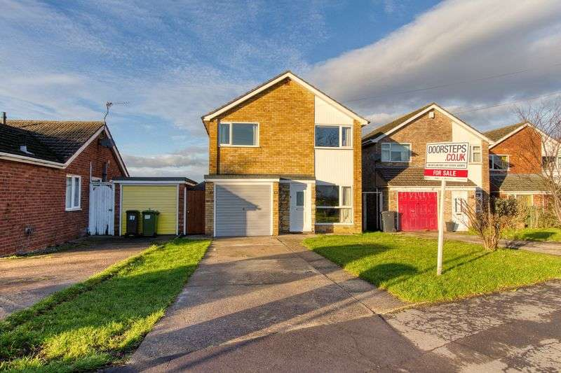 3 Bedrooms Property for sale in Brookfield Avenue, Lincoln