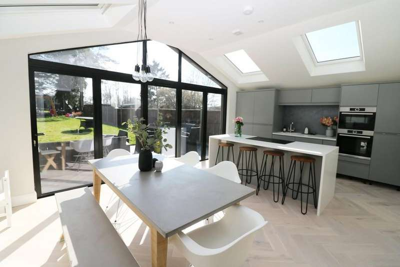 3 Bedrooms Terraced House for sale in Sacombe, Near Ware