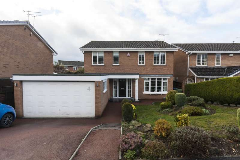 4 Bedrooms Detached House for sale in Turnberry Close, Walton, Chesterfield, S40 3HQ
